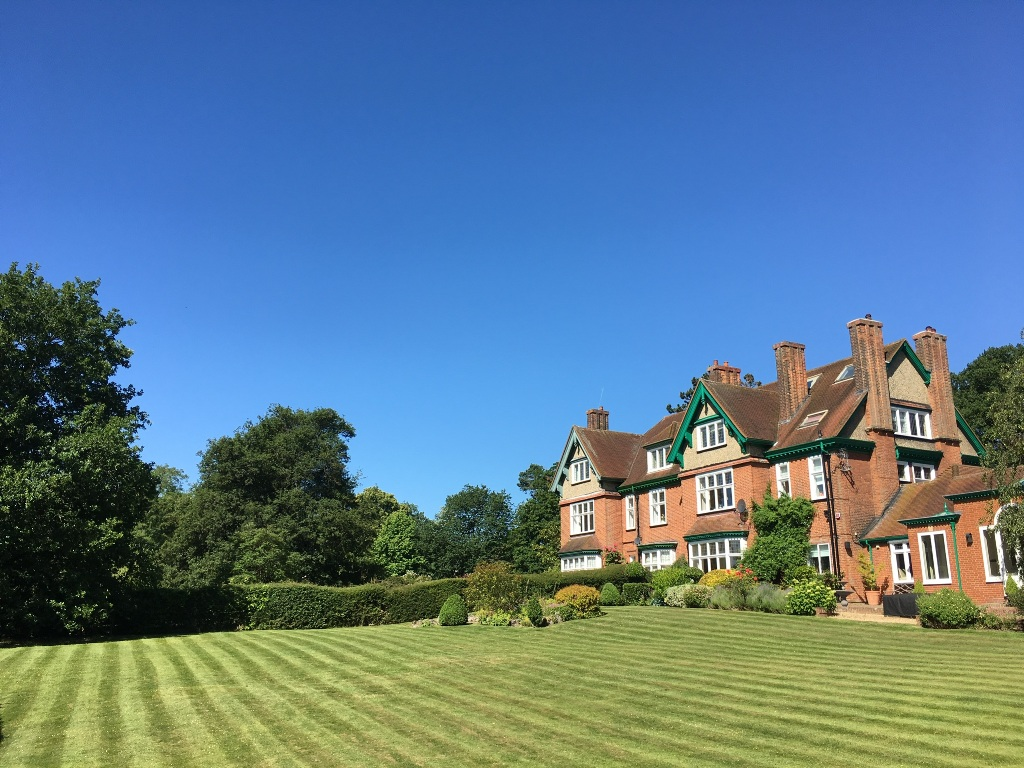 Large garden maintenance Hertfordshire